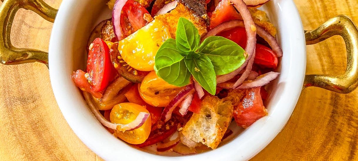 Tuscan Tomato and Bread Salad(Panzanella)