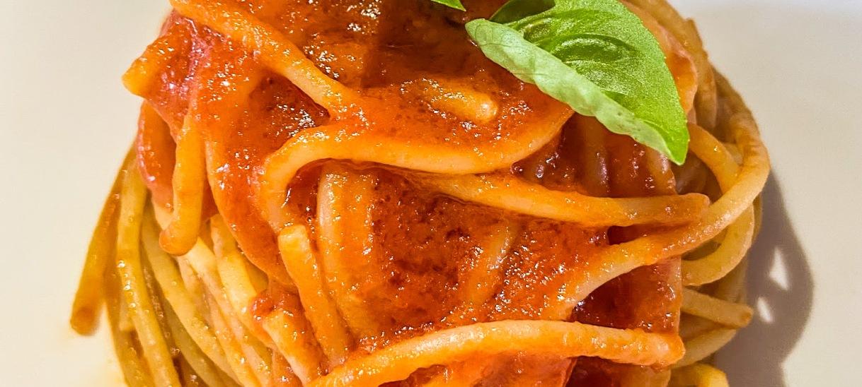 Pasta with Simple TomatoSauce
